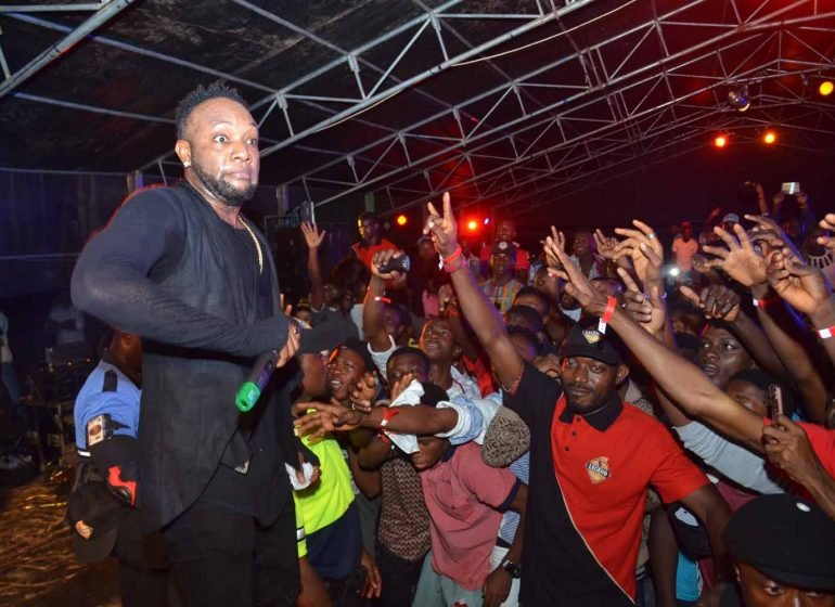 Harrysong's management blasts Kcee   TheCable.ng