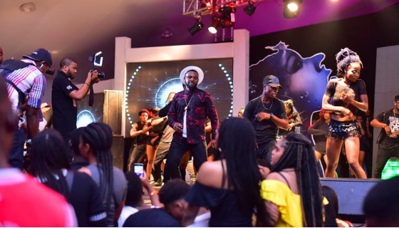 Falz on stage at the Beat FM concert | TheCable Lifestyle