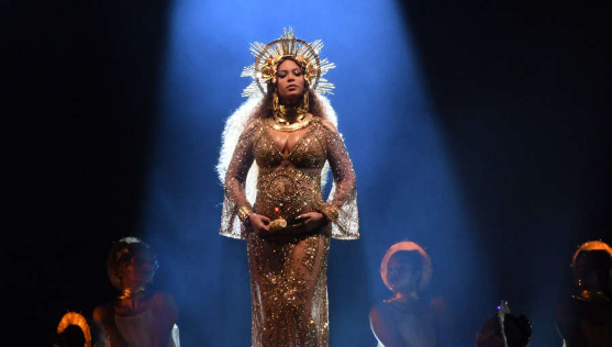 Beyonce honoured by Adele | TheCable.ng