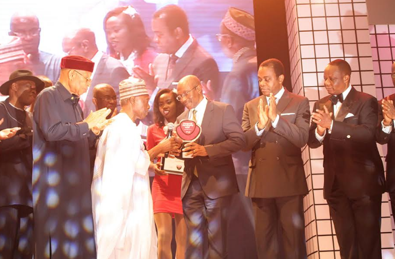 Emefiele wins Vangaurd personality of the year award | TheCable.ng