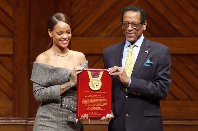 Rihanna receives Harvard humanitarian award | TheCable.ng