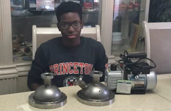 Nigerian teenager is 'first black student' to build nuclear fusor