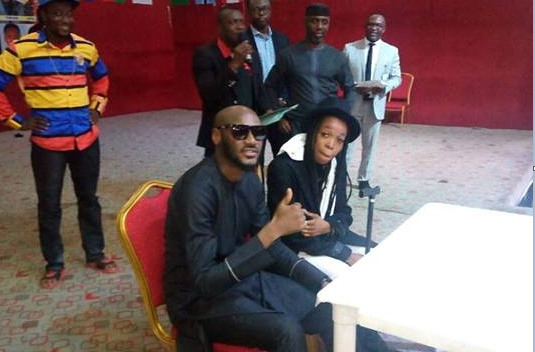 2baba signs Lady G on N20 million deal funded by Imo state | TheCable.ng