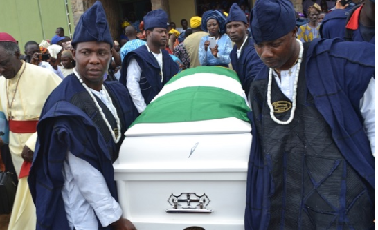 PHOTOS: Late actor Adebayo Faleti laid to rest in hometown | TheCable.ng