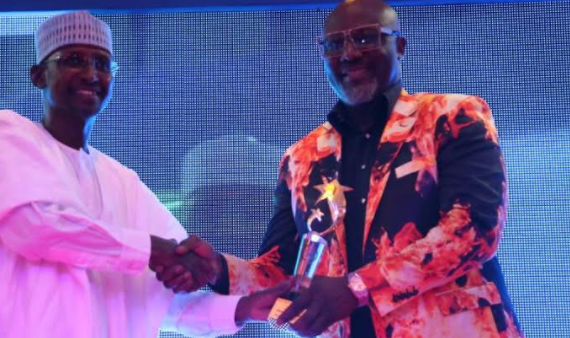 Despite NUJ's opposition, Melaye gets 'senator of the year' award