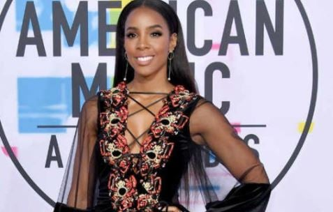 PHOTOS: What the stars wore to 2017 American Music Awards