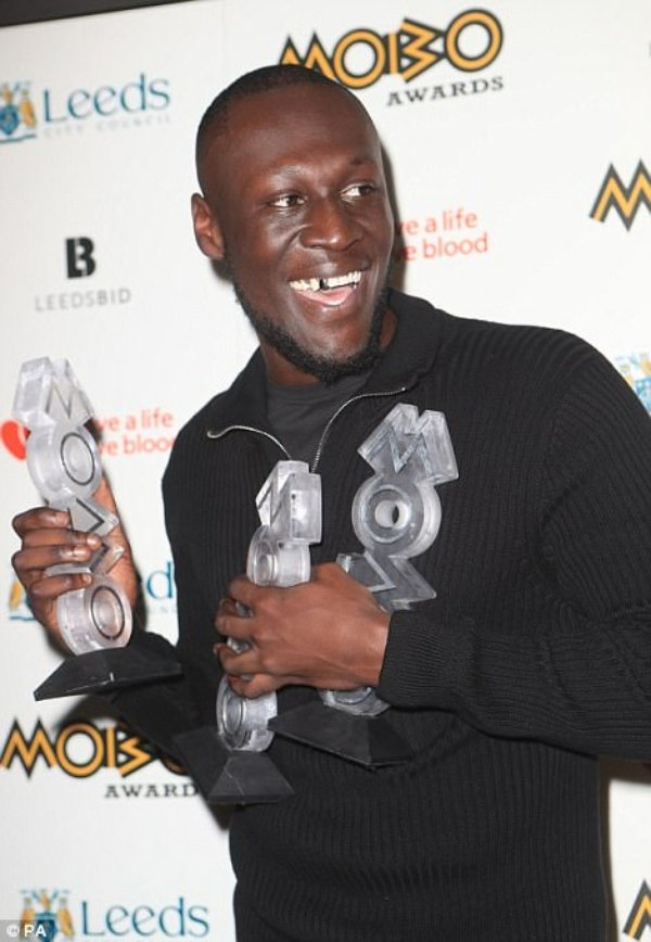 MOBO46D210CB00000578-5130007-Winners_Grime_artist_Stormzy_24_has_walked_away_with_three_covet-a-16_1512001643495