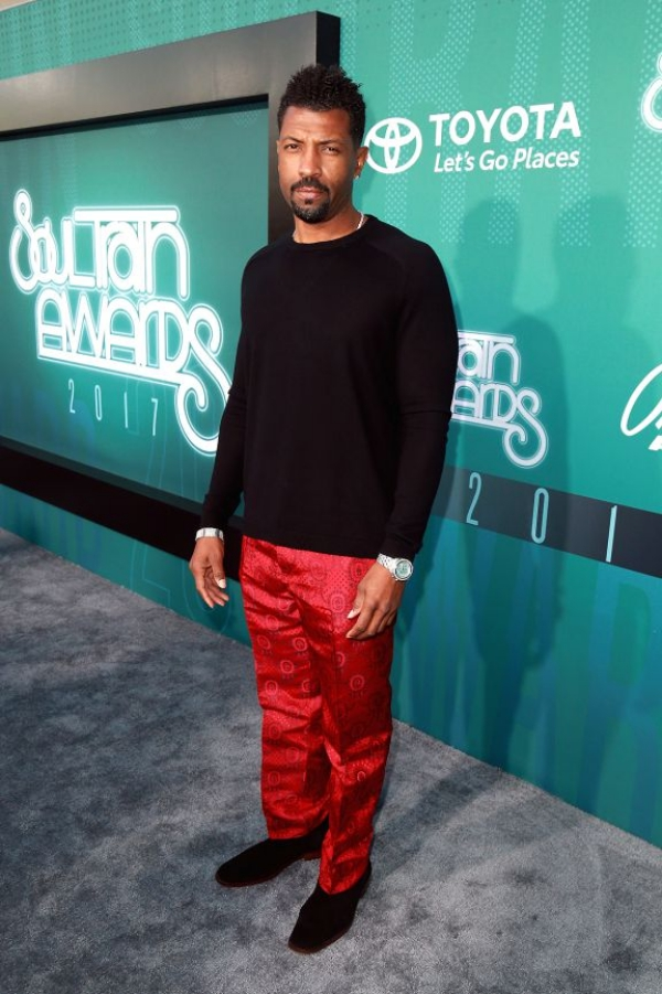 SOUL TRAIN110517-shows-sta-red-carpet-deon-cole