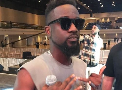 What went wrong between Wizkid, Davido and Sarkodie in Dubai? | TheCable.ng