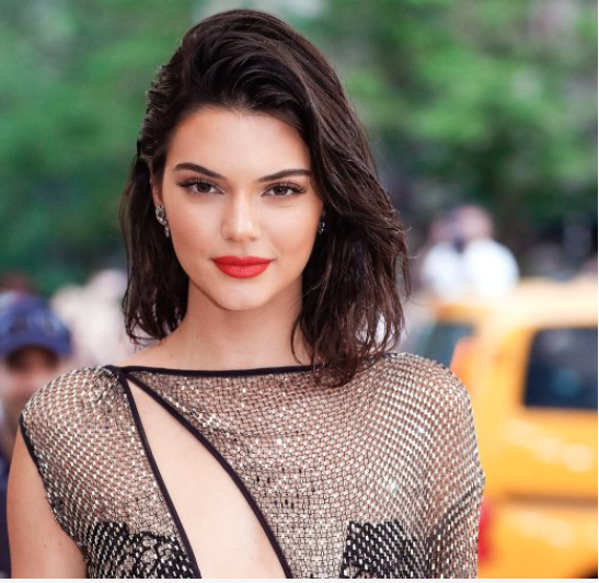 Kendall Jenner is world's highest paid model, knocks off Gisele Bundchen