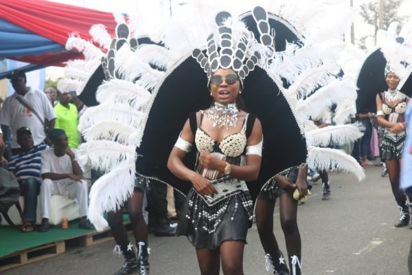 PHOTOS: A day of fun and colourful showcase at Lagos street carnival | TheCable.ng