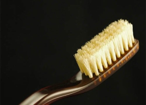 Expert warns against use of hard toothbrush | TheCable.ng