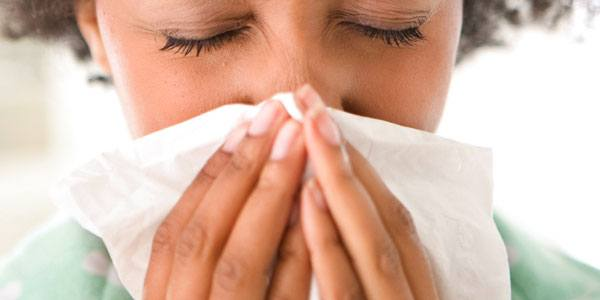 Study: Clamping your nose and mouth shut to stifle a sneeze is dangerous | TheCable.ng