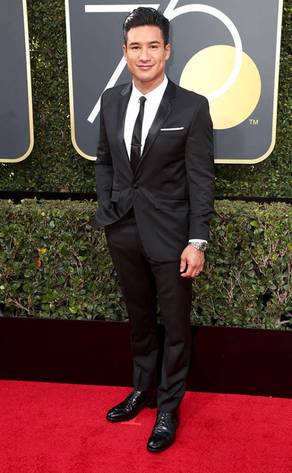 rs_634x1024-180107141523-634-red-carpet-fashion-2018-golden-globe-awards-mario-lopez-ct.010718.