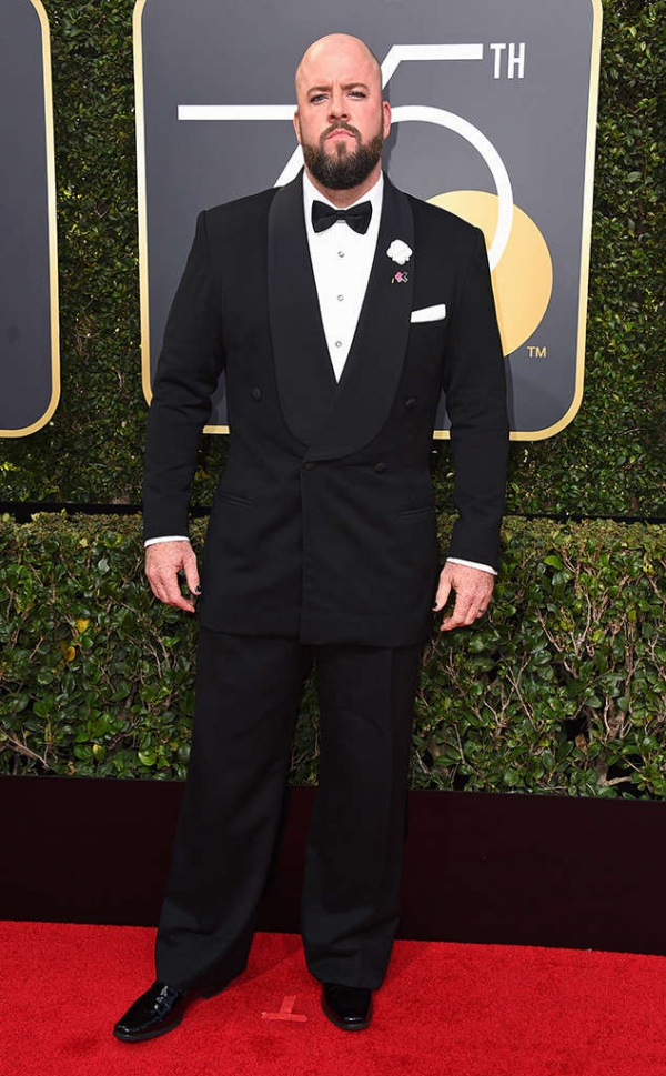 rs_634x1024-180107145021-634-red-carpet-fashion-2018-golden-globe-awards-chris-sullivan.ct.010718.