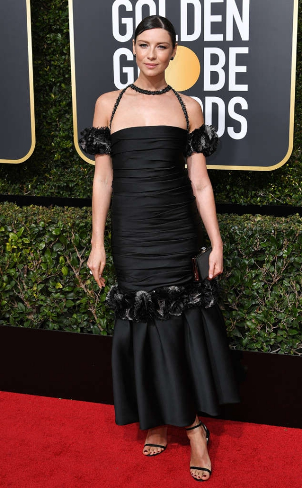 rs_634x1024-180107150950-634-red-carpet-fashion-2018-golden-globe-awards-Caitriona-Balfe.