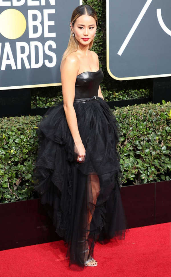 rs_634x1024-180107151749-634-red-carpet-fashion-2018-golden-globe-awards-jamie-chung.