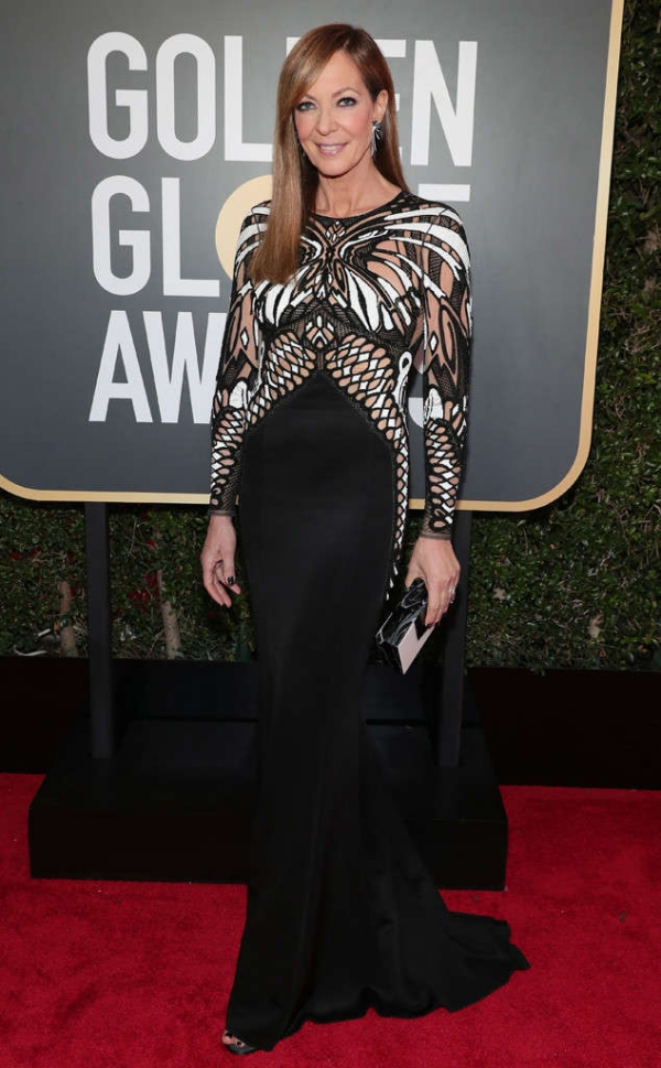 rs_634x1024-180107154414-634-Allison-Janney-red-carpet-fashion-2018-golden-globe-awards-.