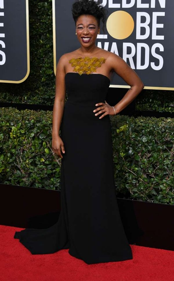 rs_634x1024-180107160239-634-red-carpet-fashion-2018-golden-globe-awards-samira-wiley.