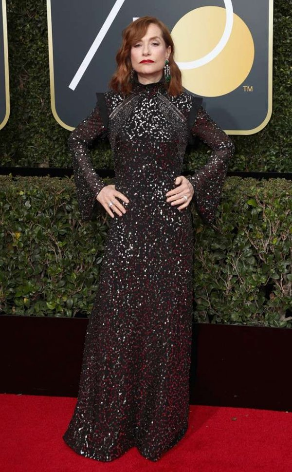 rs_634x1024-180107162320-634-red-carpet-fashion-2018-golden-globe-awards-Isabelle-Huppert-.