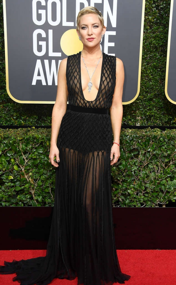rs_634x1024-180107163302-634-kate-hudson-red-carpet-fashion-2018-golden-globe-awards-.