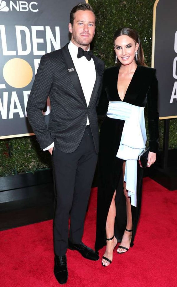 rs_634x1024-180107163558-634.Armie-Hammer-Elizabeth-Chambers-Golden-Globes.ms.010718.