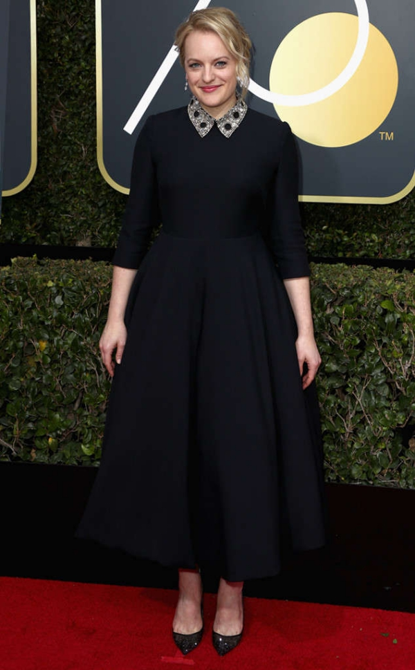 rs_634x1024-180107163842-634-red-carpet-fashion-2018-golden-globe-awards-elizabeth-moss.