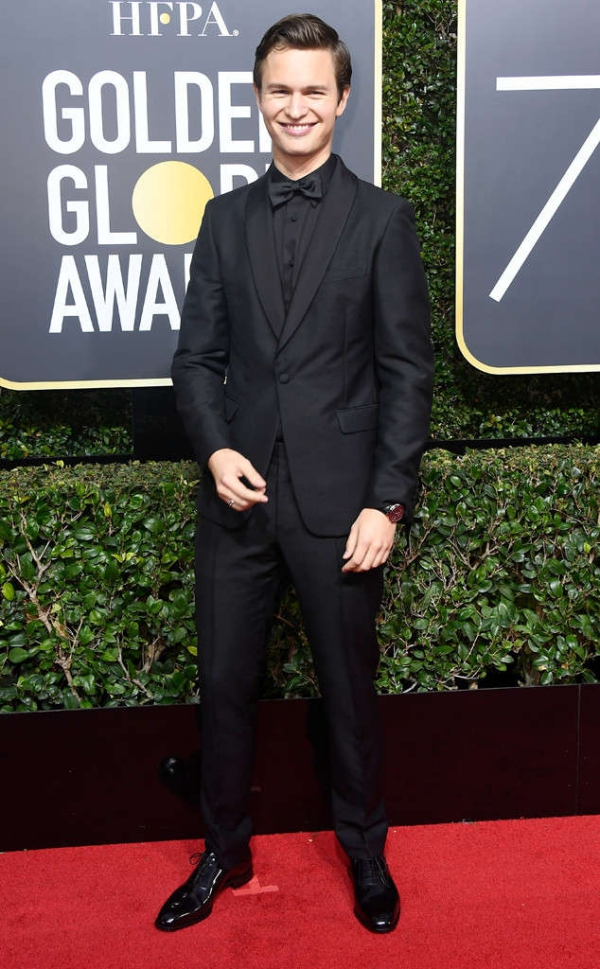 rs_634x1024-180107164127-634-ansel-elgort-red-carpet-fashion-2018-golden-globe-awards-.