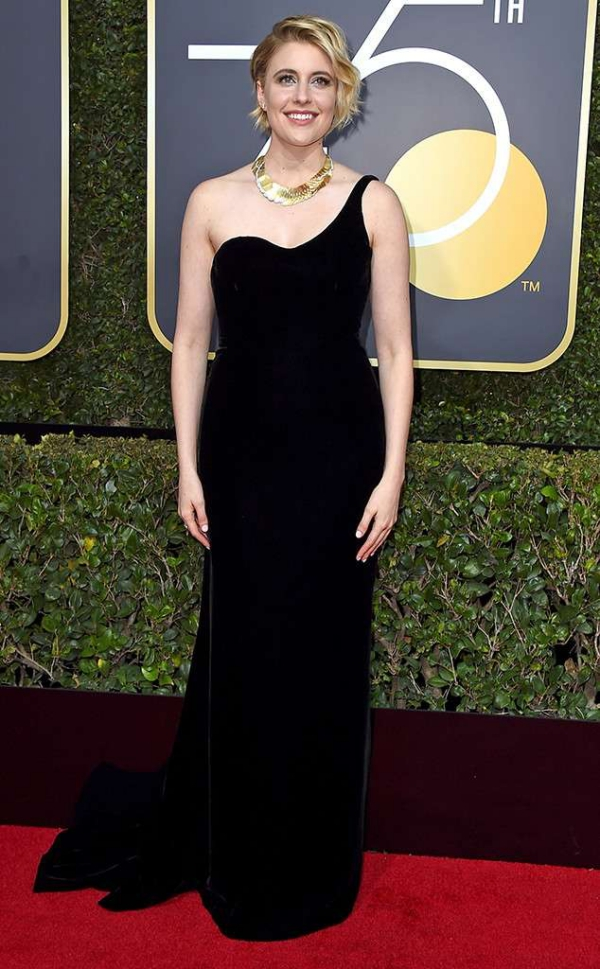 rs_634x1024-180107165550-634-red-carpet-fashion-2018-golden-globe-awards-greta-gerwig.ct.010718.