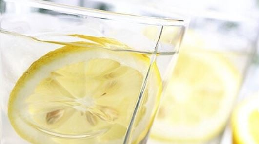 Four ways to lose weight with the aid of lemon
