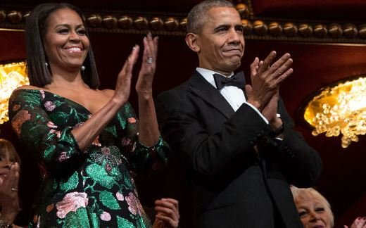 Barack and Michelle Obama 'to produce TV shows for Netflix'