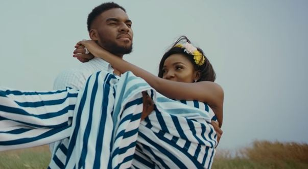 VIDEO: Smitten Simi finds a soulmate in 'Complete Me' | TheCable.ng