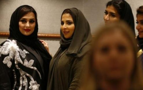 Saudi Arabia hosts first fashion week — but only women…