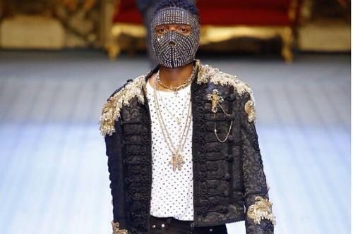 PHOTOS: Wizkid walks the runway for Dolce & Gabanna in…