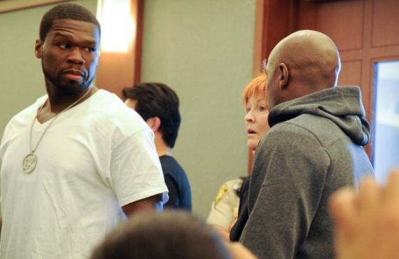 Gloves off as Mayweather, 50 Cent fight dirty on social…