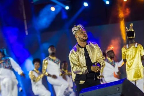 VIDEO: Tim Godfrey, Kenny Blaq, Tope Alabi perform at The…
