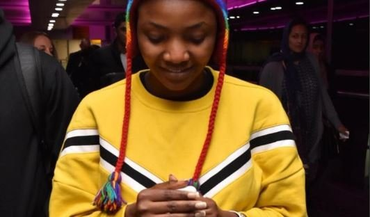 VIDEO: Don't judge me by this one thing, Simi issues…